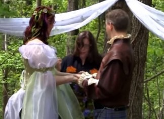 8 Best Pagan Wedding Vows
